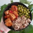 Vegan bowl με μαριναρισμένο Τόφου, Αρακά και ανάμεικτο ρύζι & Κινόα