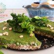 Ωμή vegan τάρτα με μούς απο σπανάκι