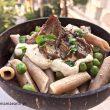 Πέννες ρυζιού με ψητά μανιτάρια και σώς από τόφου και κάσιους